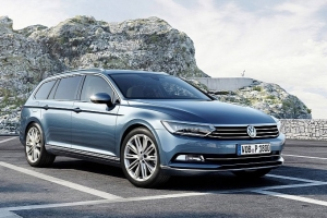 vw-unveils-new-look-euro-spec-2015-passat-medium_26