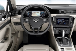 vw-unveils-new-look-euro-spec-2015-passat-medium_42