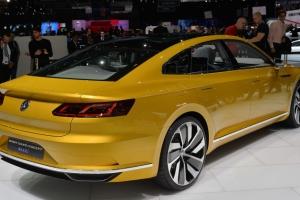 02-vw-sport-coupe-gte-concept-geneva-1