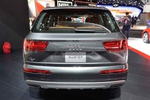 2016-Audi-Q7-07
