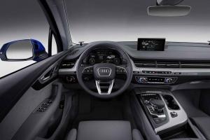 2016-Audi-Q7-39
